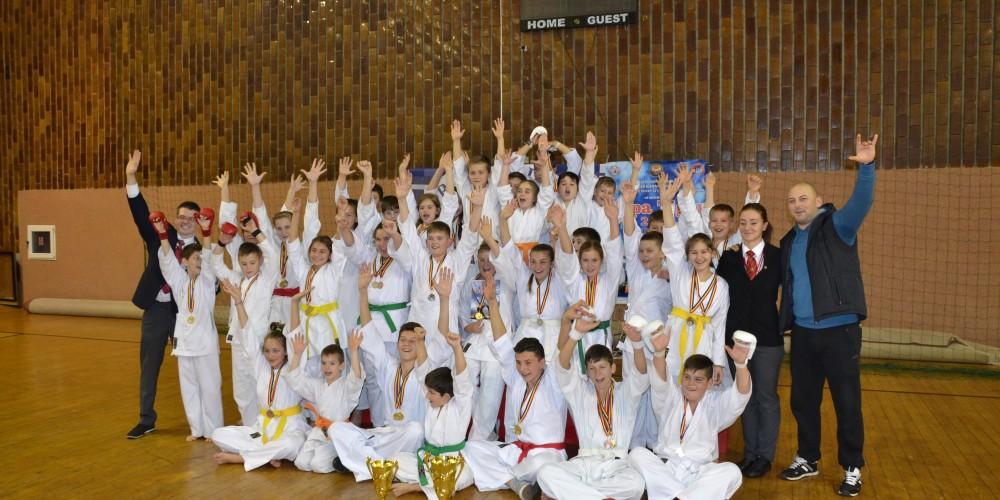 C.S. Budokan Ryu Dej: 28 de medalii la Cupa Tiger la Karate