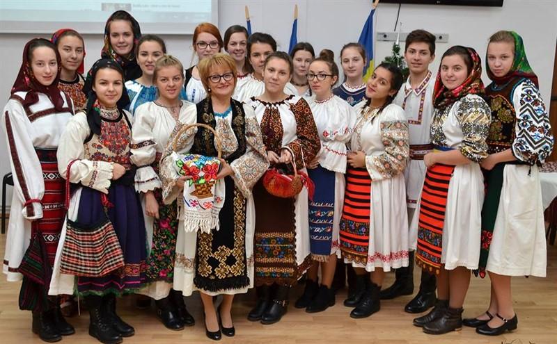 """""""Tradiții de Crăciun în satul transilvan"""", la LAPI Dej"""