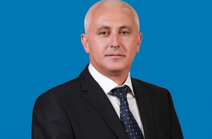 Viceprimarul Aurelian Mureșan: La mulţi ani, România! La mulţi ani, dejeni de pretutindeni!