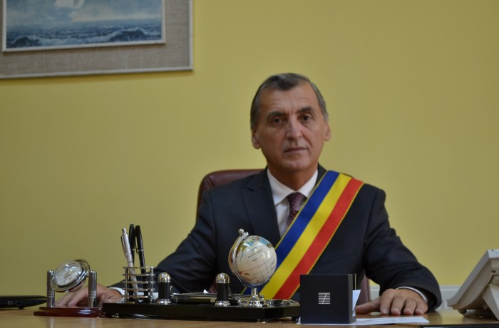 La mulţi ani şi un an mai bun pentru toţi dejenii, din partea primarului Morar Costan