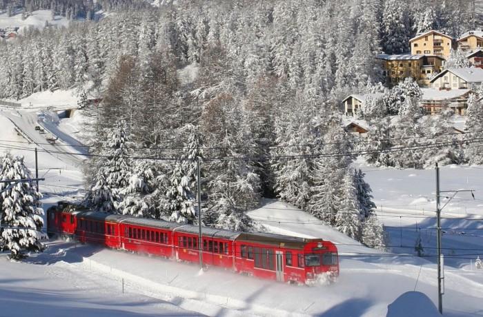 """De la 1 ianuarie, se poate circula cu """"Trenurile Zăpezii"""""""