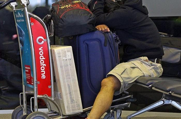 Sondaj IRES: 38 % dintre românii aflaţi în străinătate, au plecat definitiv