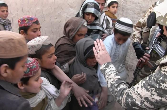 """Dincolo de Baza Aeriană Kandahar. Cu """"Dragonii Transilvani"""", în misiune  – VIDEO"""