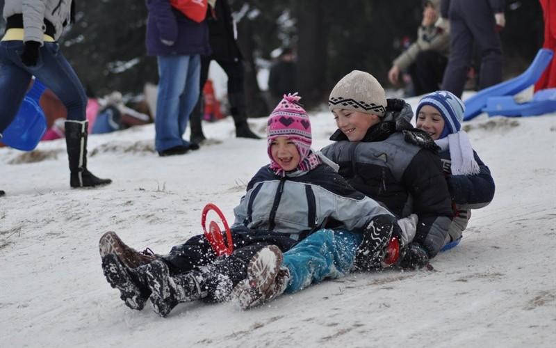 Tabără de iarnă la Sângeorz-Băi