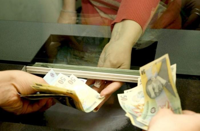 Din 11 ianuarie, dejenii își pot plăti taxele și impozitele locale