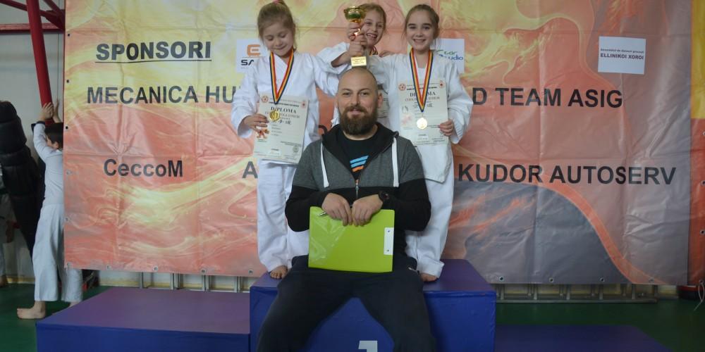 """14 medalii pentru Budokan Ryu la """"Cupa Napoca Junior"""
