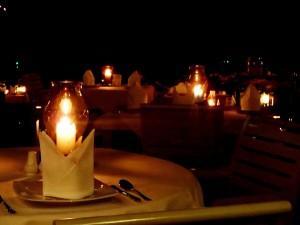 Lumanare-restaurant