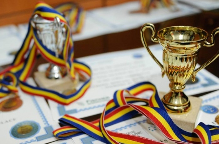 Majoritatea elevilor olimpici provin din familiile cu bani