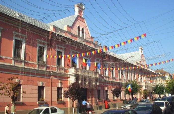 Guvernul ajută primăriile să se împrumute pentru cofinanțarea unor proiecte europene