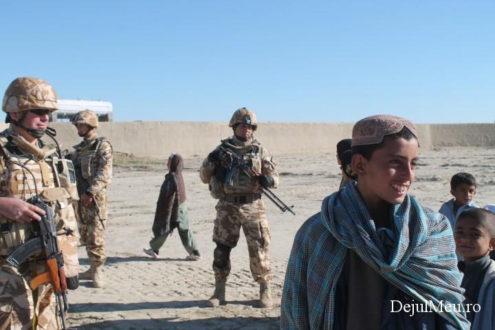 """Corespondență specială din Afganistan: În patrulă, cu """"Dragonii Transilvani"""""""