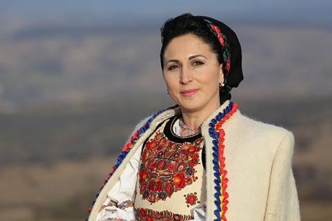 """Cristina Beldean Moșuțan: """"Cânt de când mă știu"""""""