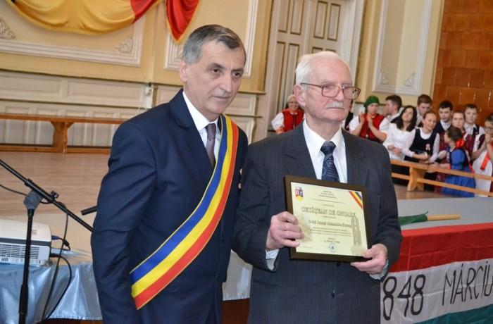 Profesorul Jánossy Sándor, modelul dascălului eminent