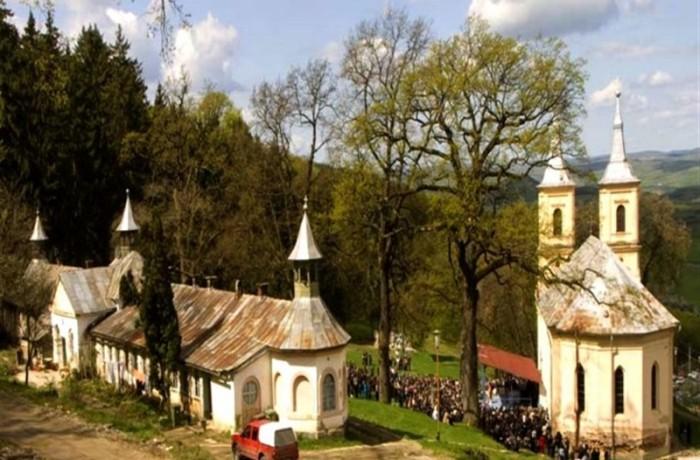 Întâlnire a tinerilor creştini ortodocşi, la Nicula