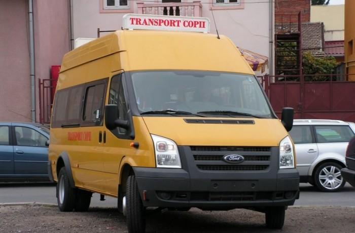 Microbuzele școlare vor fi scutite de la plata taxei de licențiere
