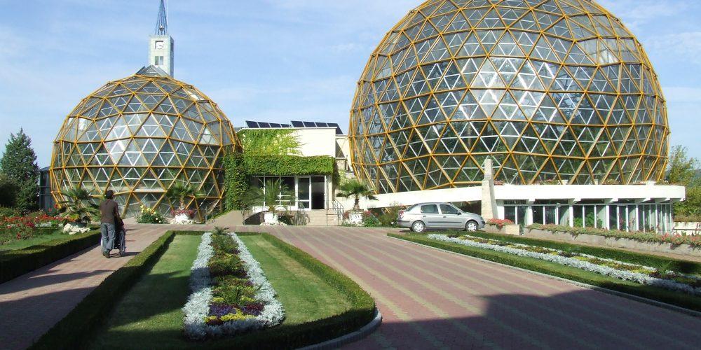De văzut: Grădina Botanică din Jibou