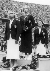 femei1936