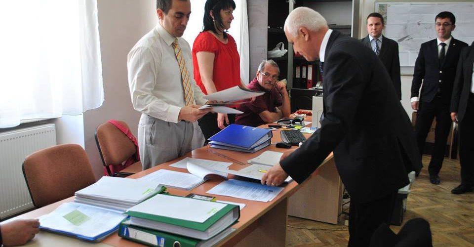Candidaţii PNL, pentru Primărie şi Consiliul Local, au intrat oficial în cursa electorală