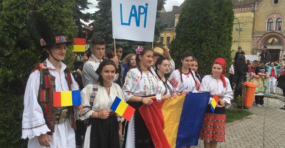 Ziua Europei sărbătorită cu o paradă și un program artistic la Dej
