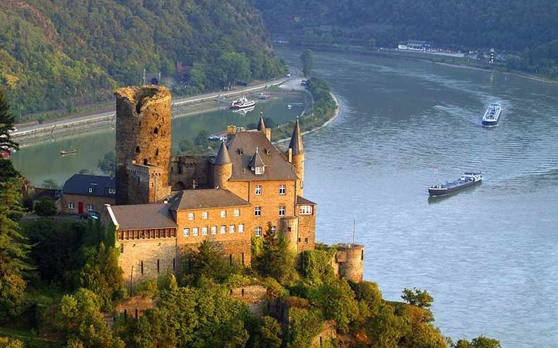De la Dunăre, la Rin