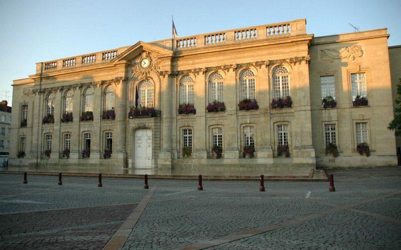Primăria orașului Beauvais