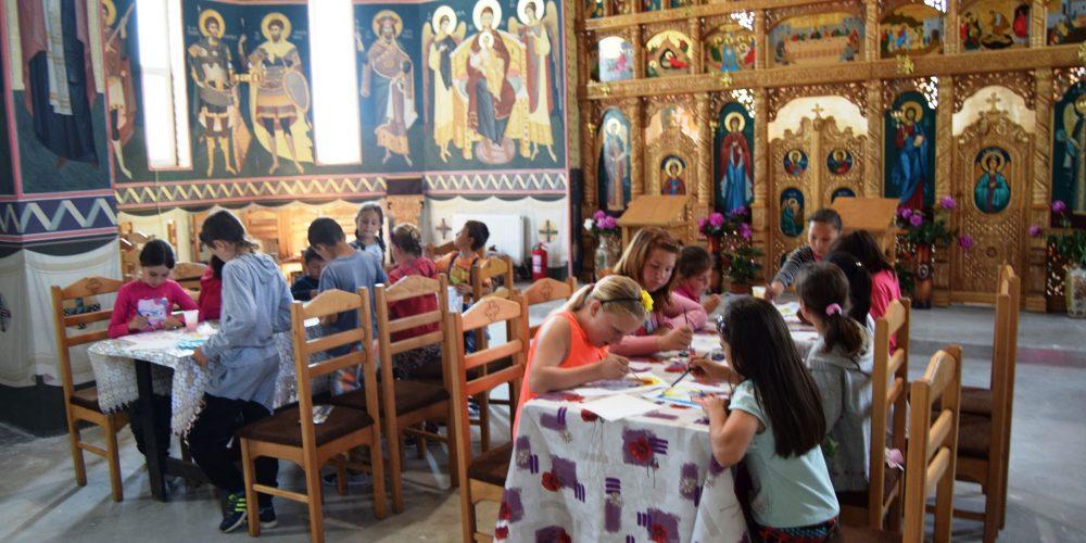 Tabere pentru elevi şi studenţi organizate de Arhiepiscopia Clujului