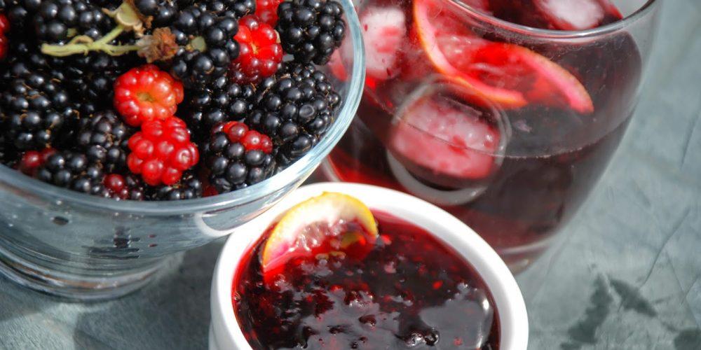 Preparate din mure: sirop natural, dulceaţă și lichior