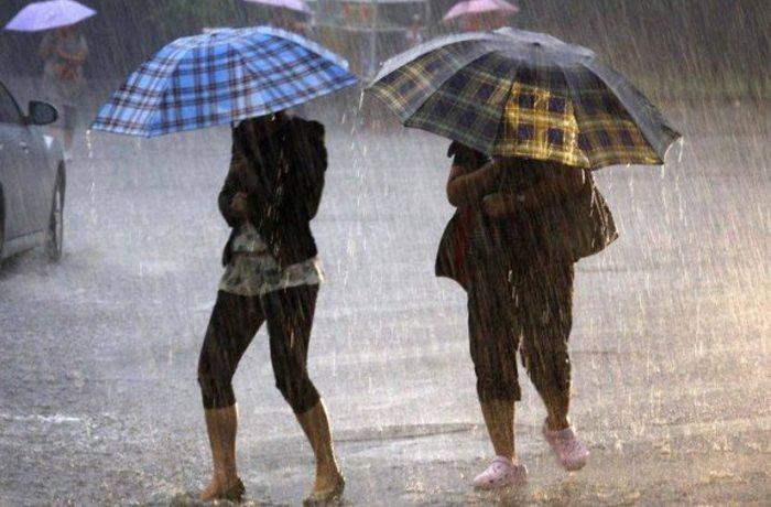 Canicula, urmată de ploi torențiale și vijelii