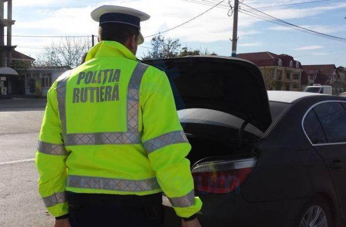 Polițiștii rutieri au reținut 21 de permise, în trei zile