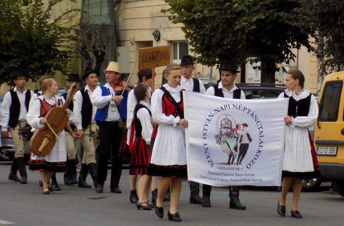 Folclor internaţional la Dej