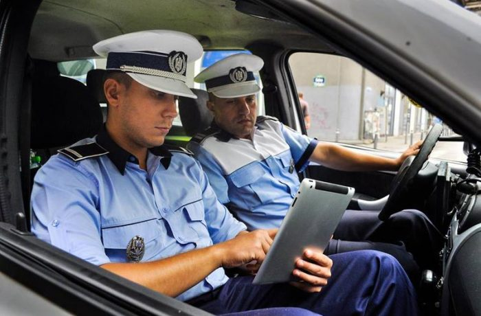 Ministrul Carmen Dan solicită abrogarea  pensionării polițiștilor la vârste mai mici de 47 de ani
