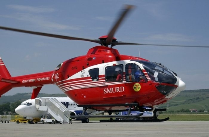Peste două mii de victime, salvate cu elicopterele şi avioanele SMURD