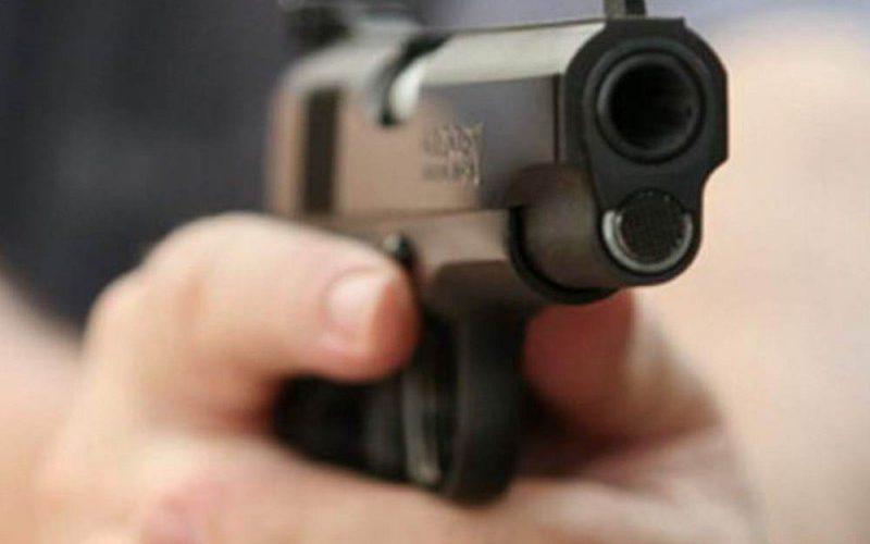 Poliţiştii şi jandarmii, scutiţi de răspundere penală, când vor trage în infractori