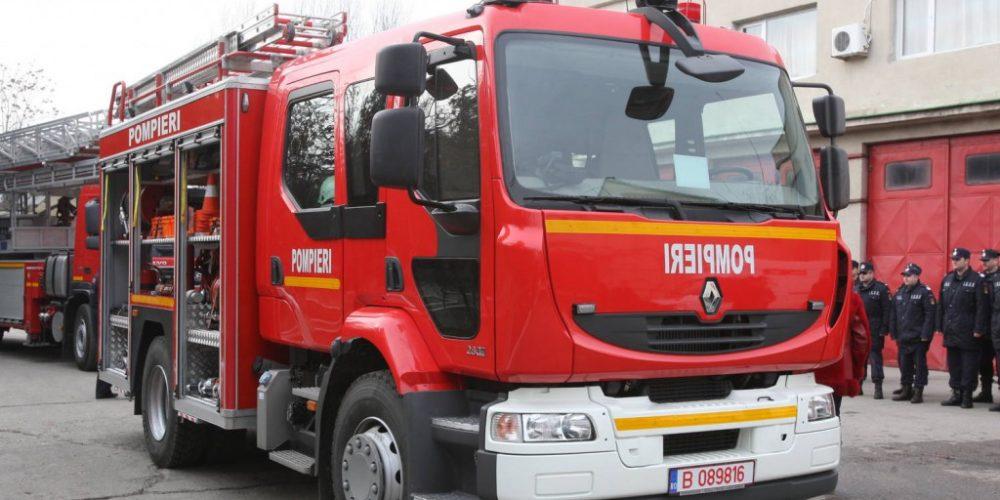 Pompierii, mobilizaţi pe timpul minivacanţei de 1 Decembrie