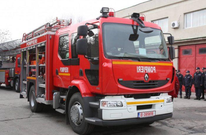 Peste 6.000 de intervenții ale pompierilor în minivacanța de Sf. Maria