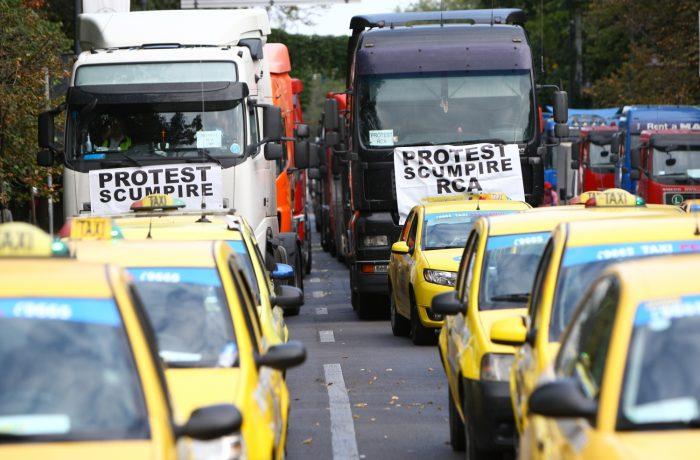Transportatorii amenință cu noi proteste