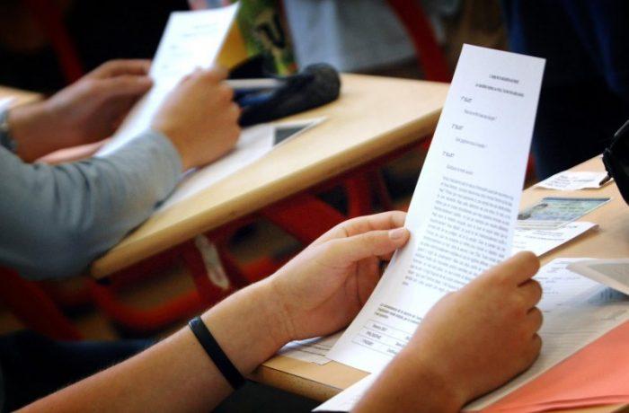 Peste 40 la sută dintre elevii de 15 ani nu au abilităţi de punere în practică a cunoştinţelor pe care le deţin