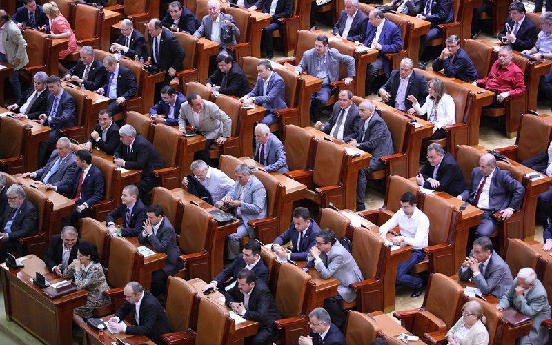 Pe ce cheltuie deputaţii clujeni banii statului