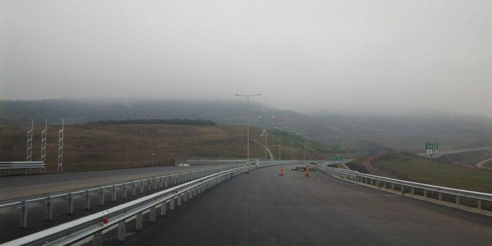 România încheie 2016 cu 2 autostrăzi-muzeu,  pe care nu circulă nimeni