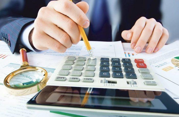 Proiect de buget 2017: Bani mai puțini la Educație și majorări la Agricultură și Transporturi