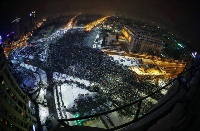 Zeci de mii de oameni, împotriva Grațierii