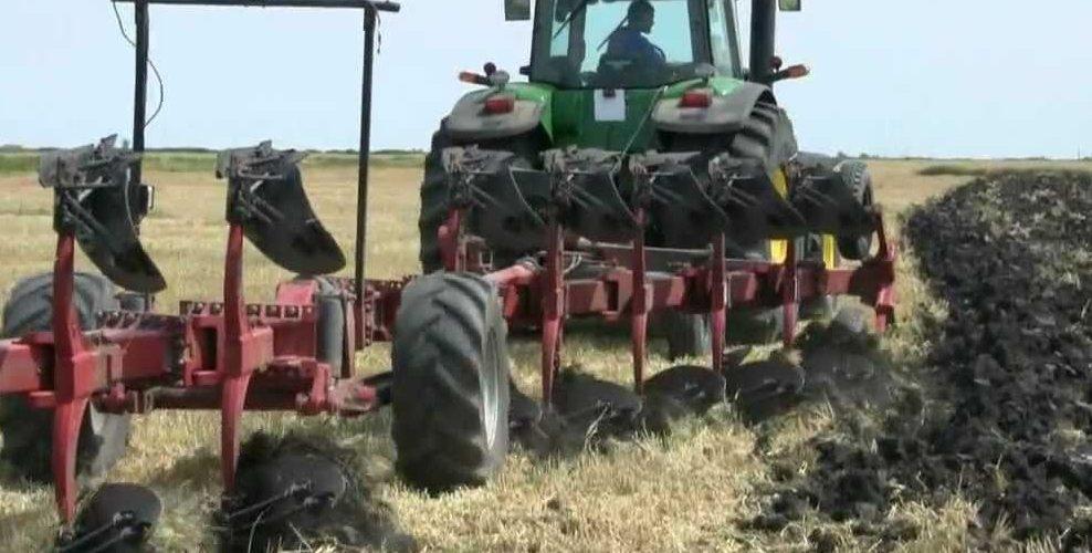 Autoritățile din comuna Mica au luat decizia să solicite de la RAR Cluj o echipă mobilă pentru omologarea utilajelor agricole