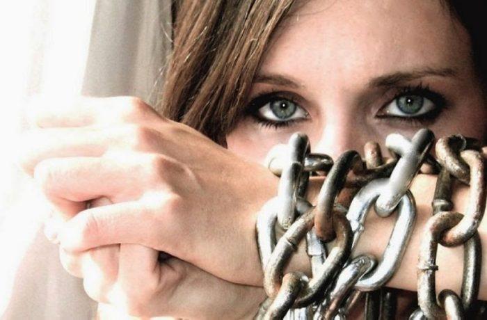 ANITP relansează cererea de proiecte  pentru sprijinirea victimelor traficului de persoane