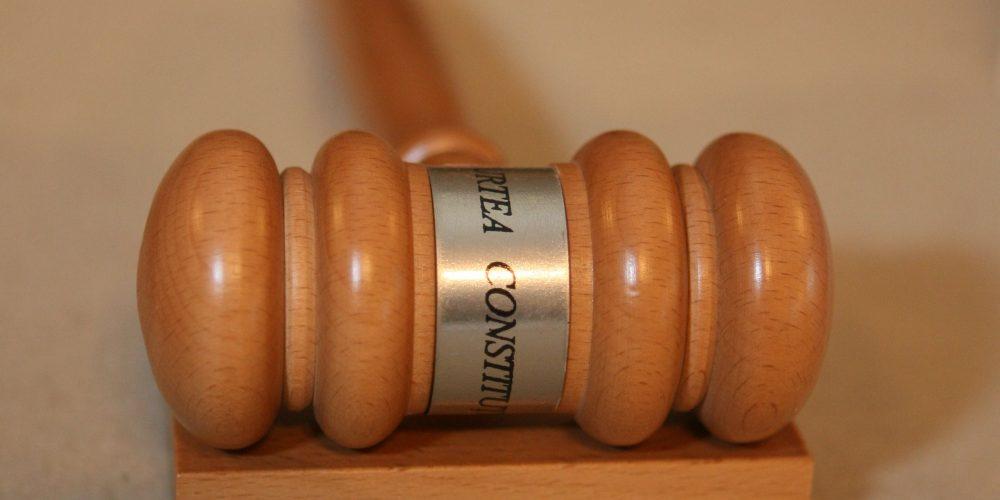 Conflict juridic între puterile statului