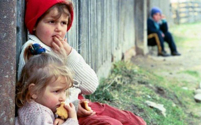 Mai mult de jumătate dintre copiii din România nu frecventează învăţământul preşcolar