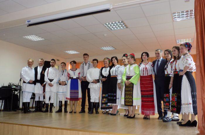 """Primăvara folclorului someșean, la Colegiul """"Andrei Mureșanu"""" din Dej"""