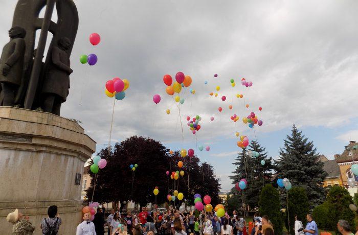 """""""Părinții de Îngeri"""" au comemorat copiii plecați prea devreme în Ceruri"""