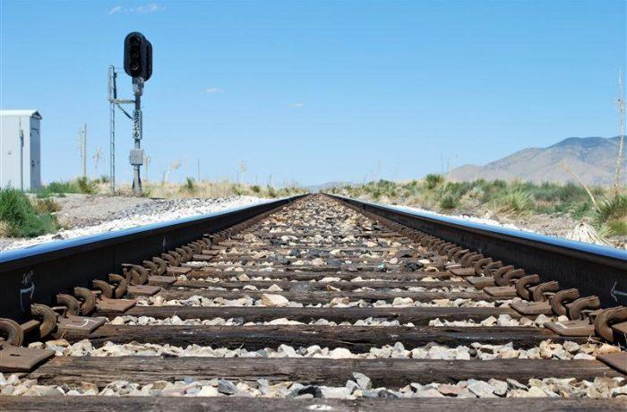 Se repară calea ferată, între Apahida şi Iclod. Urmează Iclod – Dej.
