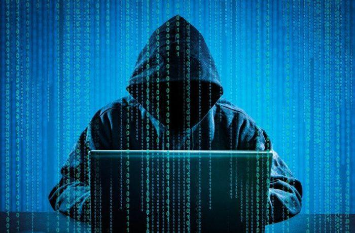 Nouă grupări infracționale din domeniul cibernetic, destructurate de polițiști