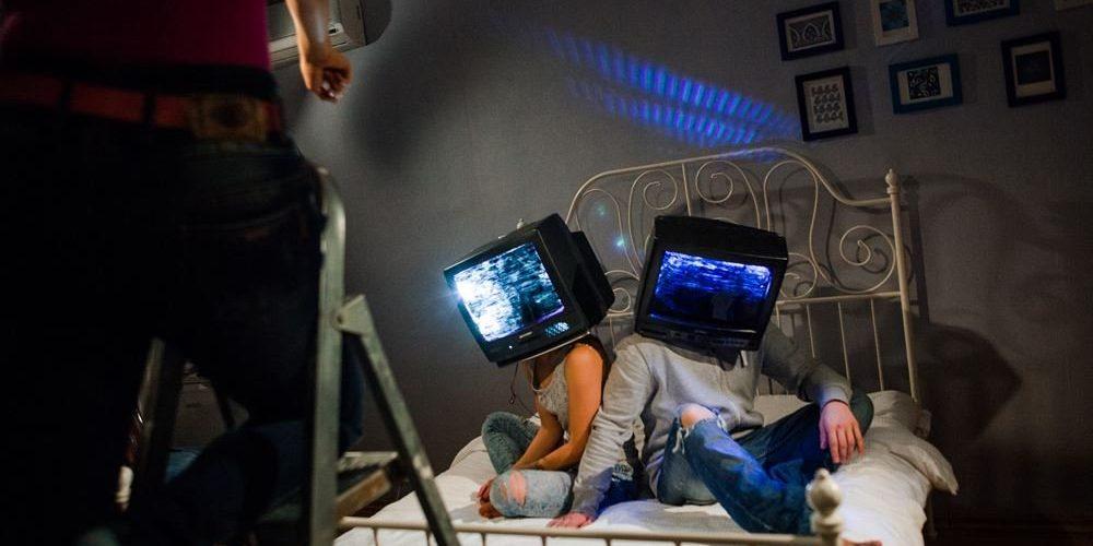 Românii sunt dependenți de televiziune!