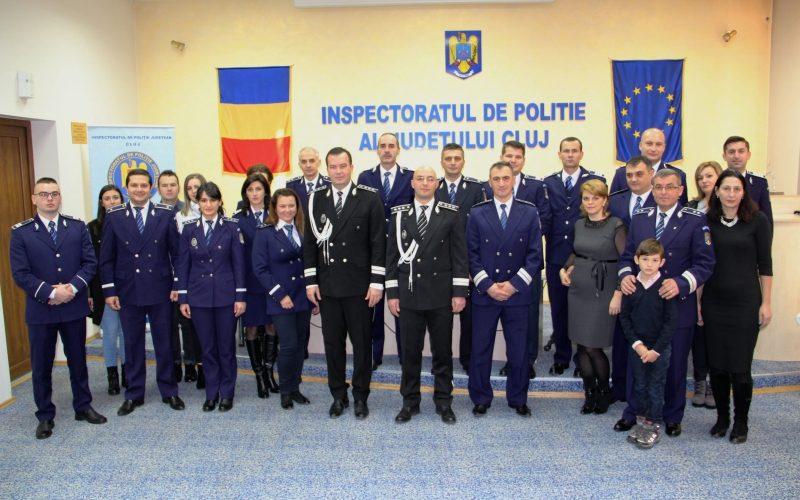 Poliţiştii merituoşi din Cluj, avansați în grad de 1 Decembrie